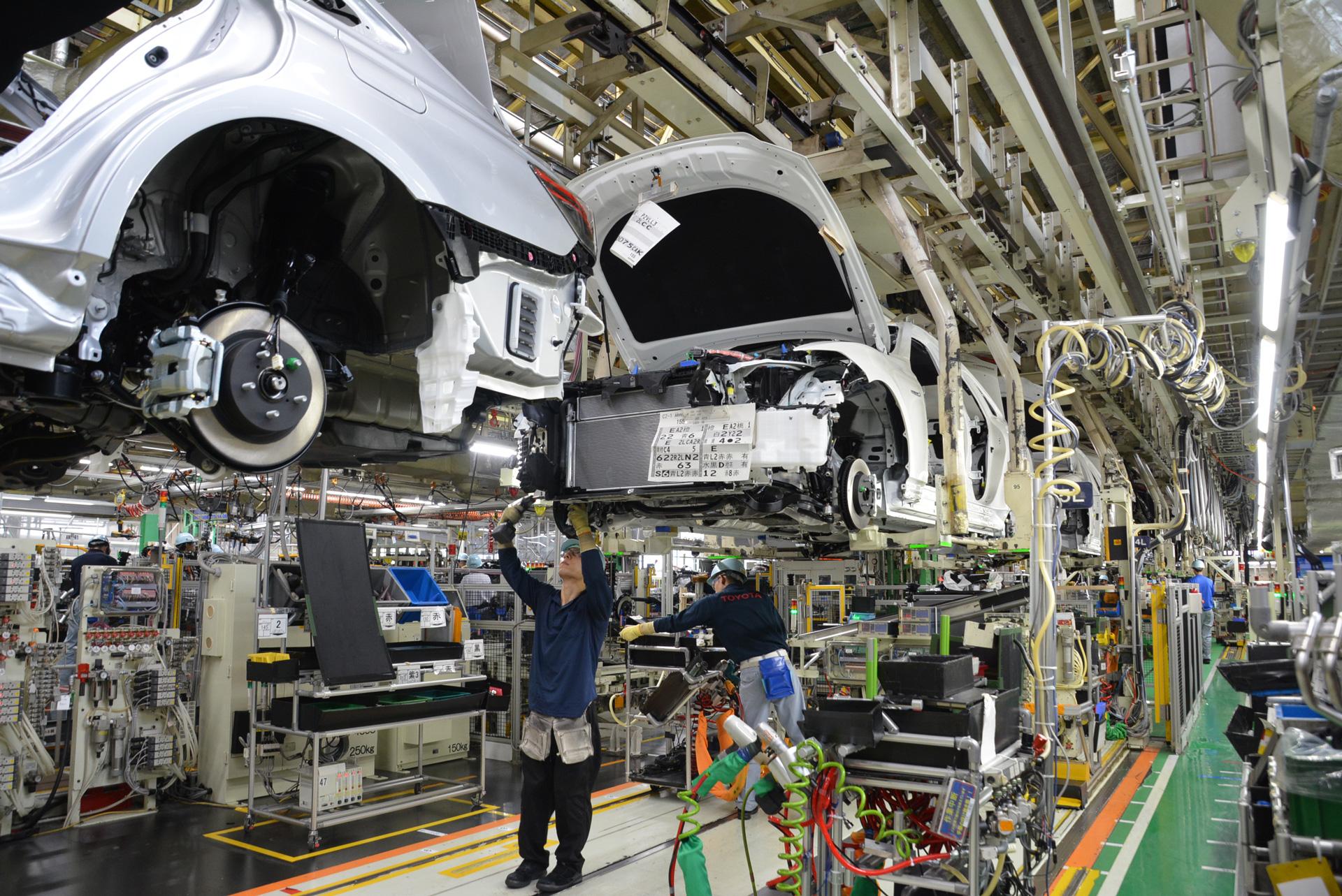 停止 トヨタ 工場