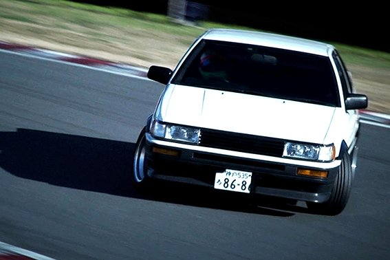 [Movie] Keiichi Tsuchiya's driving impression of the AE86 Corolla Levin