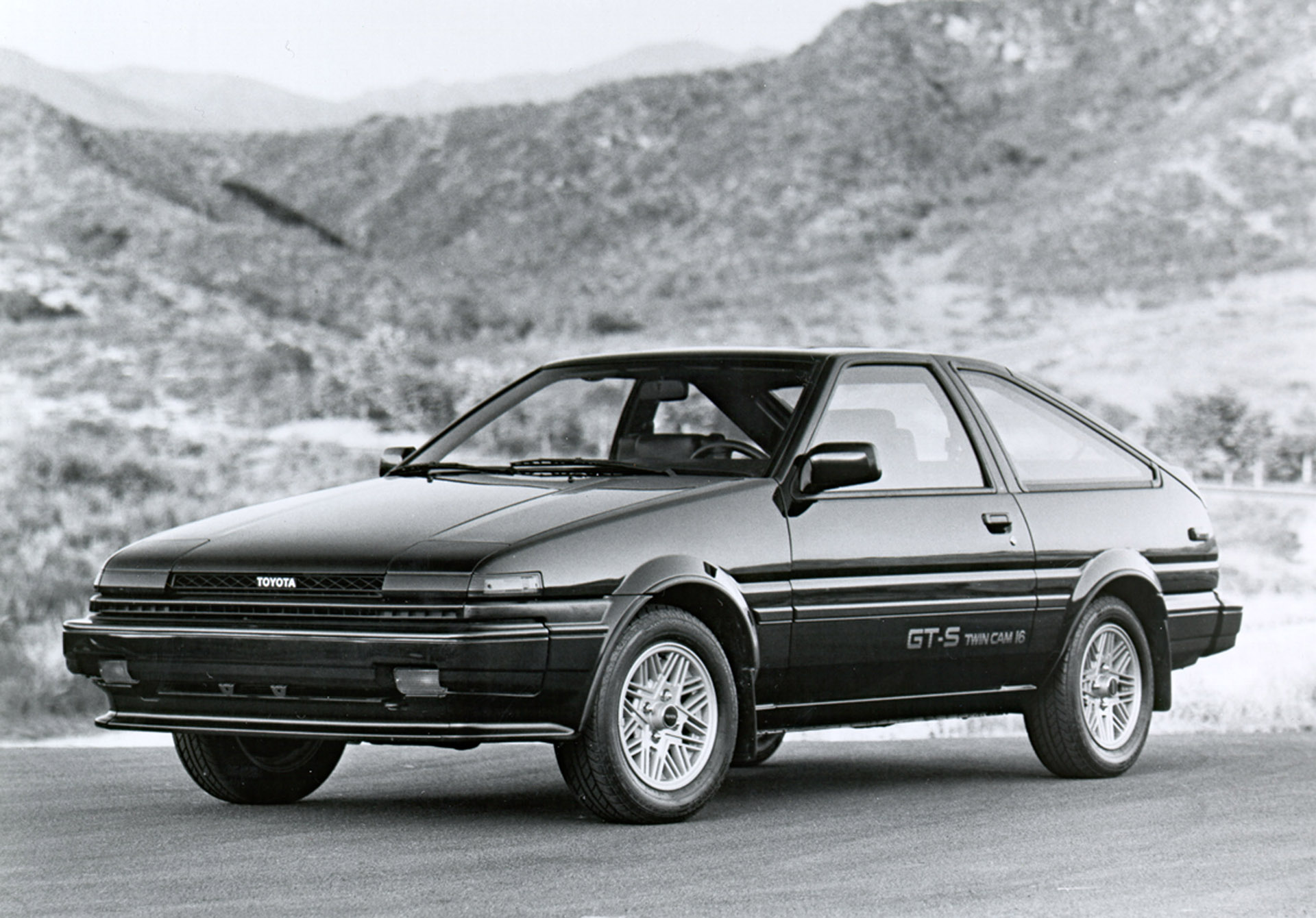 USA - The 5th Generation Corolla (1984 - 1987)