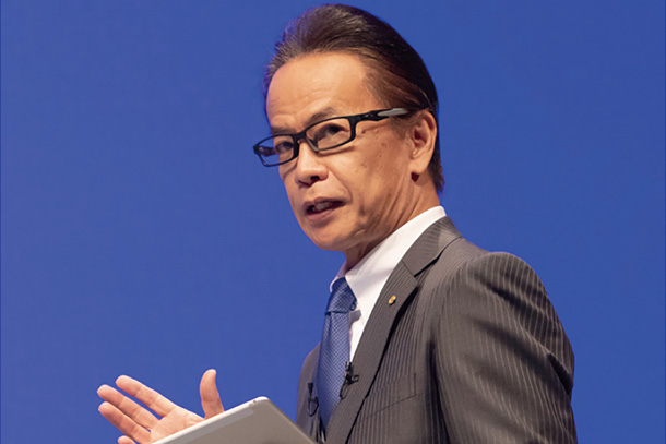 "Aiming for New Growth as a ""Mobility Service Platformer"": Shigeki Tomoyama"