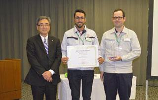 Platinum Award winners from TDB members with then TMC Senior Managing Officer Hirofumi Muta