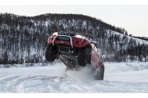 Hilux (Arctic)