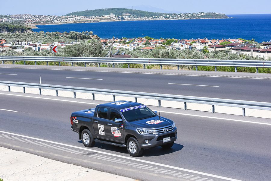 37cd31743b Toyota Motor Thailand Co., Ltd. is the first to initiate pickup caravan  journey that continues its legacy for a long time, especially for the Hilux  pickups.
