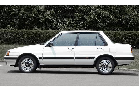 TOYOTA Corolla (1983)