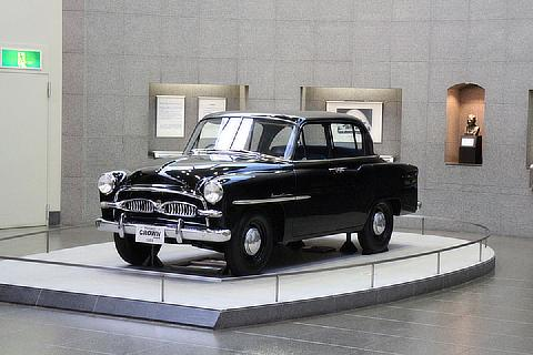 Automobile Gallery 3F: First-generation Crown