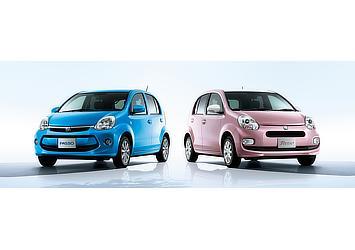 """左:1.0X""""G Package"""" (2WD)(ルリマイカメタリック)〈オプション装着車〉 右:1.0+Hana (2WD)(サクラミックス)〈オプション装着車〉"""