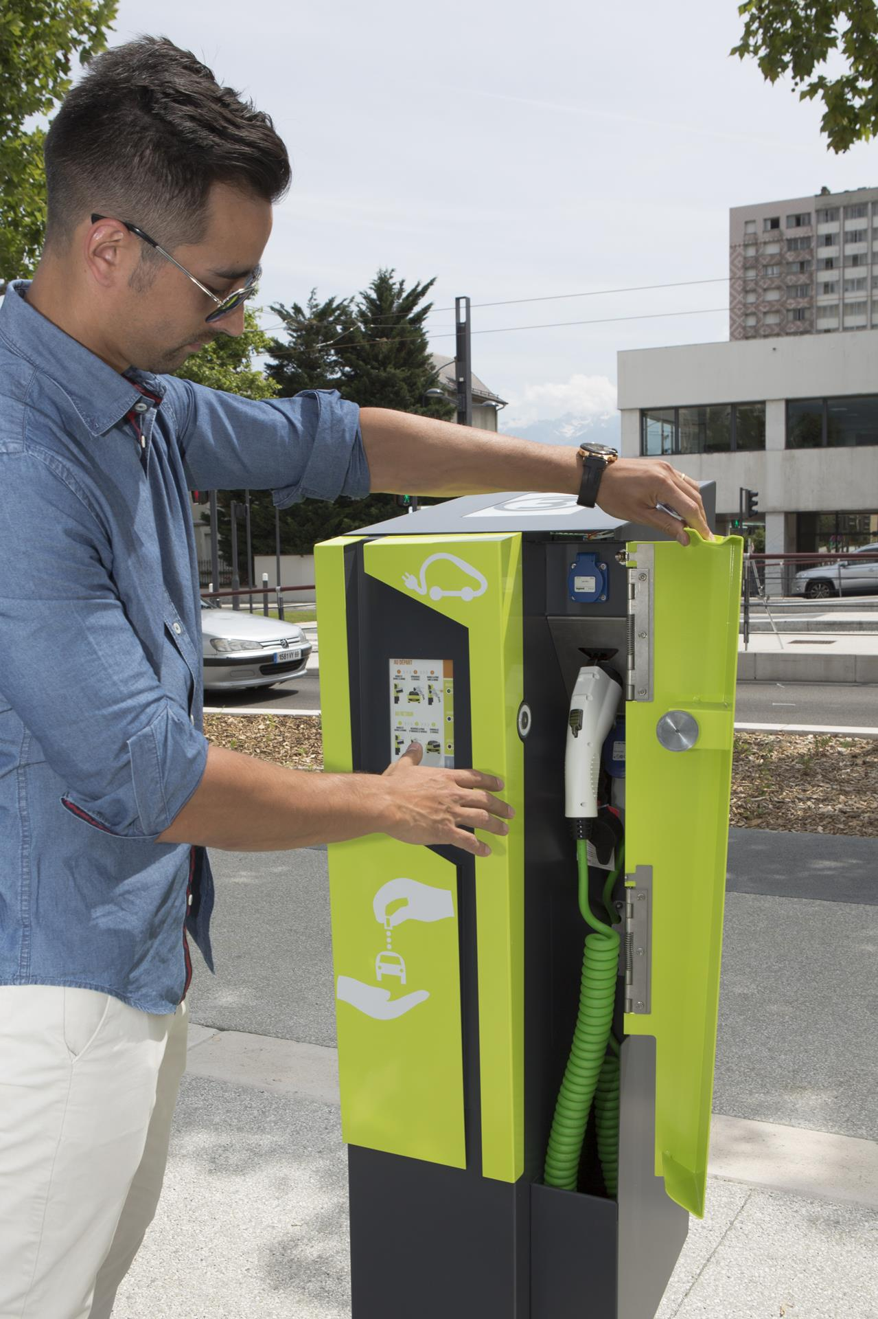 2014 Citélib by Ha:mo charging station