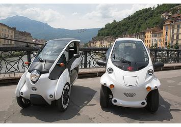Toyota i-ROAD and COMS (Citélib by Ha:mo)