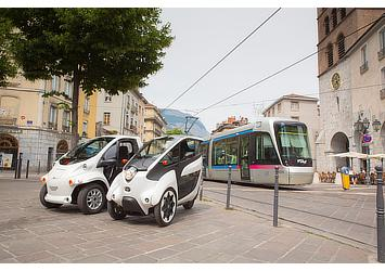 Toyota COMS and i-ROAD (Citélib by Ha:mo)