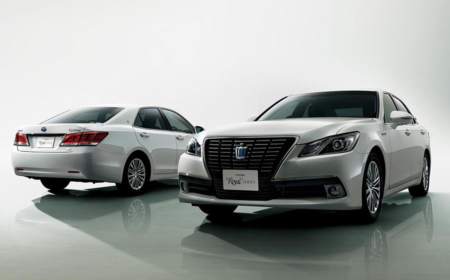 """(左右)クラウン 特別仕様車 Hybrid ロイヤルサルーン""""Black Style""""<オプション装着車>"""