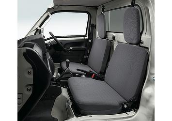 エクストラ (4WD・5MT)