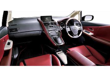 """HS250h 特別仕様車 """"Harmonious Leather Interior II"""" (レッドスピネル) 〈オプション装着車〉"""