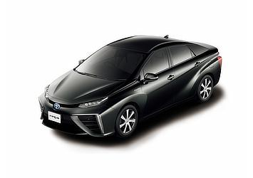 Toyota Mirai fuel cell sedan (Precious Black Pearl two-tone)