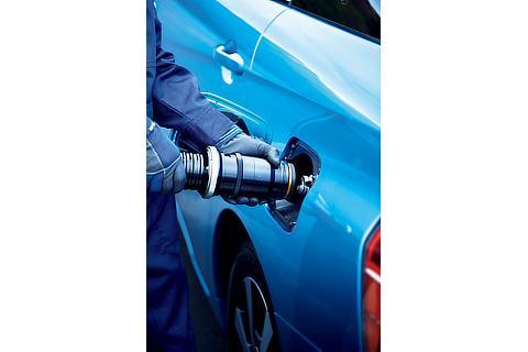 Toyota Mirai fuel cell sedan refueling