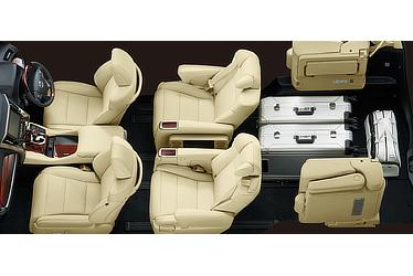 Toyota Alphard and Vellfire 30 Series Alphard seating configuration (third-row seats retracted to maximize cargo space)