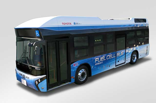 Fuel cell bus featuring SiC power semiconductors