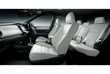 Corolla Fielder Hybrid G WxB(Black interior with White seats; options shown)