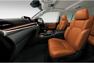 LX 570 (Interior color: Sun Flare Brown)