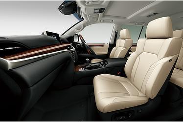 LX 570 (Interior color: Mellow White)