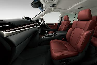 LX 570 (Interior color: Garnet)