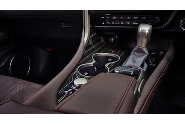 """RX450h """"version L""""(インテリアカラー:ノーブルブラウン)<オプション装着車>"""