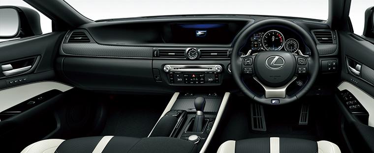 GS F(インテリアカラー:ブラック&アクセントホワイト)<オプション装着車>