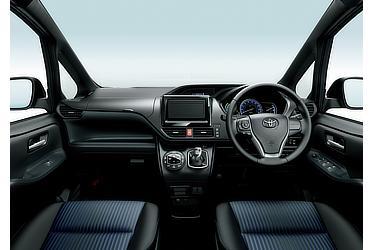 ZS (ハイブリッド車) (内装色:ダークブルー&ブラック) 〈オプション装着車〉
