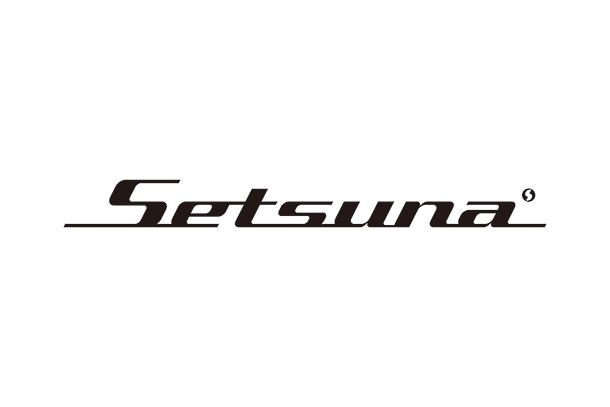 Logo: Background White
