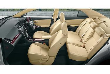 """A15""""G-plusパッケージ"""" (2WD) (内装色:フラクセン) 〈オプション装着車〉"""