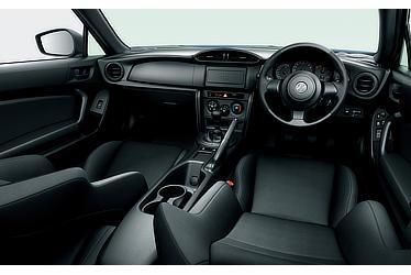 G (6MT) (内装色:ブラック) 〈オプション装着車〉