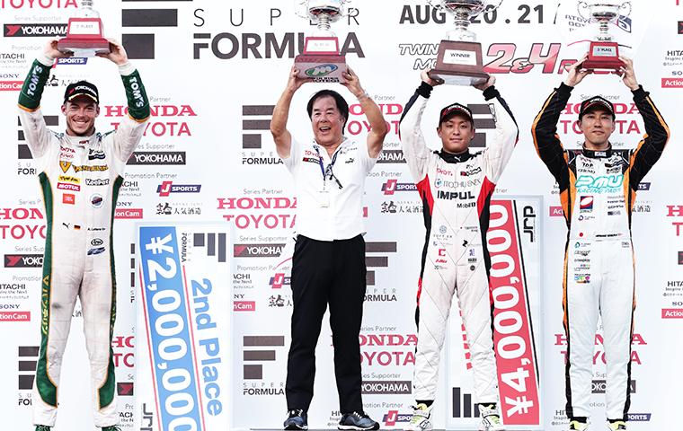 関口雄飛がポールトゥウィンで初優勝、トヨタエンジンが表彰台を独占