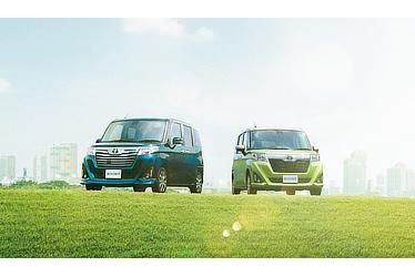 """(左)カスタムG-T (レーザーブルークリスタルシャイン) 〈オプション装着車 〉(右)G""""S"""" (2WD) (フレッシュグリーンメタリック) 〈オプション装着車〉"""