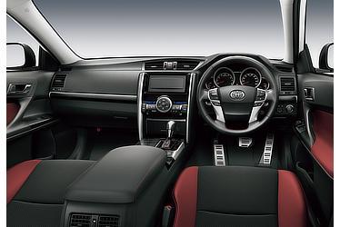 350RDS (内装色:ブラック/レッド) 〈オプション装着車〉