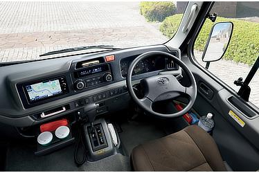 EX (6AT) 〈オプション装着車〉