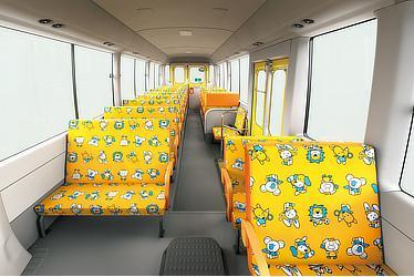 幼児専用車 (標準ボディ・大人3人乗り+幼児39人乗り・6AT)