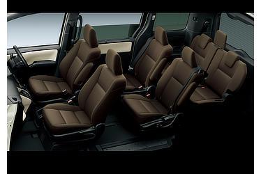 G (ハイブリッド車) (内装色:フロマージュ&ブラウン(設定色)) 〈オプション装着車〉