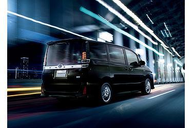ZS (ハイブリッド車) (イナズマスパーキングブラックガラスフレーク) 〈オプション装着車〉