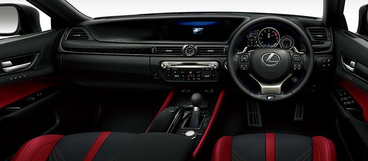 GS F(インテリアカラー : ブラック&アクセントフレアレッド)<オプション装着車>