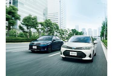 """(右):HYBRID G (ホワイトパールクリスタルシャイン) 〈オプション装着車〉 (左):HYBRID G""""W×B"""" (ブラッキッシュアゲハガラスフレーク) 〈オプション装着車〉"""