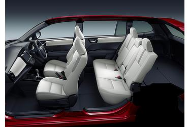 "1.5G""W×B"" (2WD) (内装色:ブラック/シート色:ホワイト) 〈オプション装着車〉"
