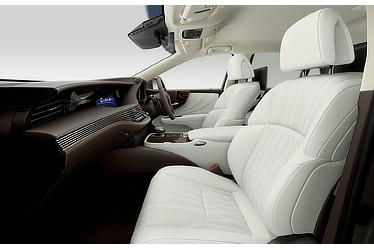 "LS 500h ""EXECUTIVE"" (with ""White"" interior)"