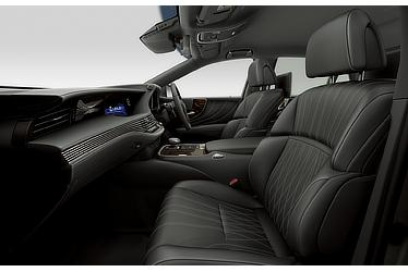 "LS 500h ""EXECUTIVE"" (with ""Black"" interior)"