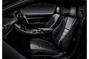 "RC350特別仕様車""F SPORT Prime Black""(専用ブラック&オレンジステッチ)<オプション装着車>"