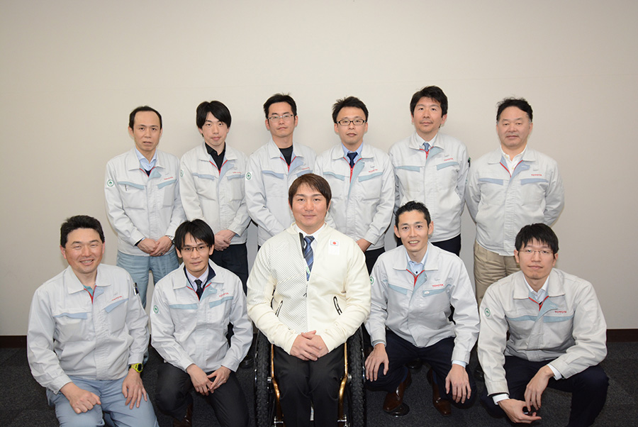 Morii with his Toyota colleagues