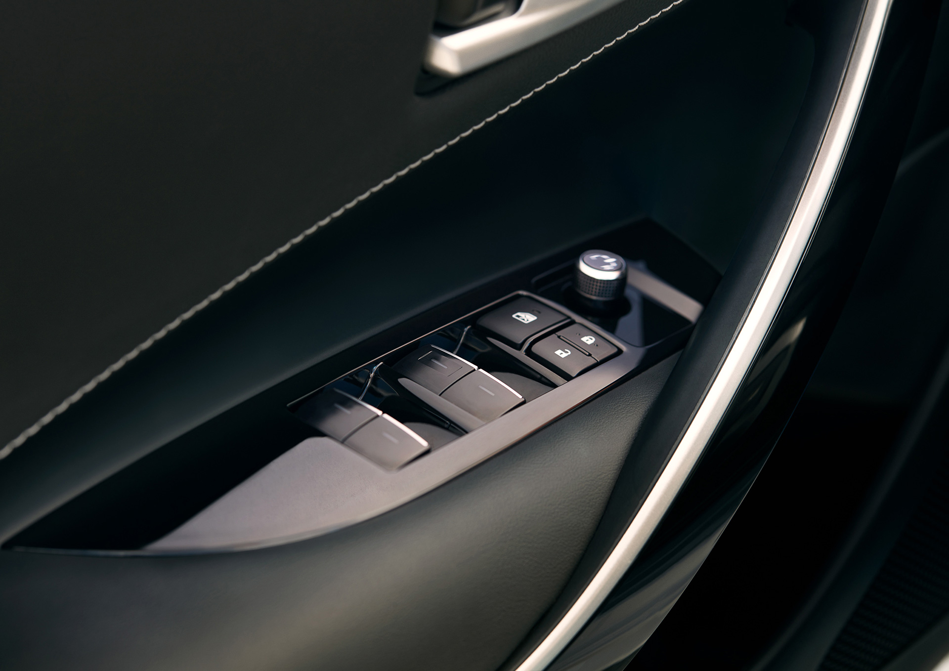 Hatch Is Back All New 2019 Toyota Corolla Hatchback Wows At The Door Lock Parts Diagram Moreover R 2018 York International Auto Show Global Newsroom