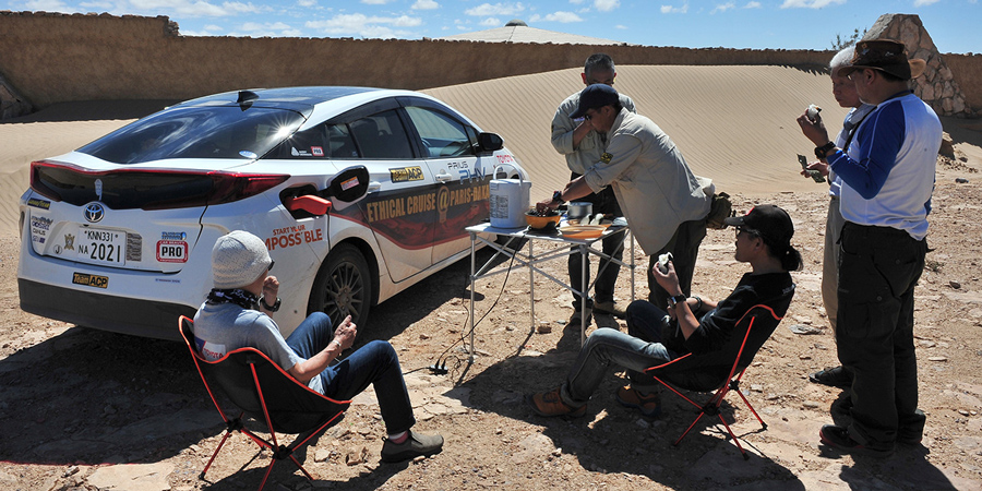 The Prius PHV in the electricity-less desert