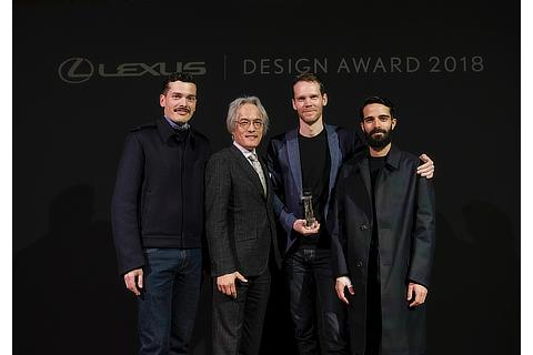 Lexus Design Award 2018 GRAND PRIX ANNOUNCEMENT From left: Simone Farresin of Formafantasma (Mentor), Yoshihiro Sawa (President, Lexus International), Elliott P. Montgomery of Extrapolation Factory (Grand Prix Winner), Andrea Trimarchi of Formafantasma (Mentor)