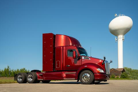 Second Version of Fuel Cell Heavy Truck