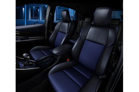 """特別仕様車 PROGRESS""""Style BLUEISH""""(ターボ2WD車)(ブラックマイカ)"""