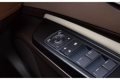 デジタルアウターミラー ミラースイッチ (運転席ドア)